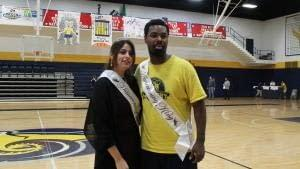 Hunt, Saheb crowned homecoming king and queen