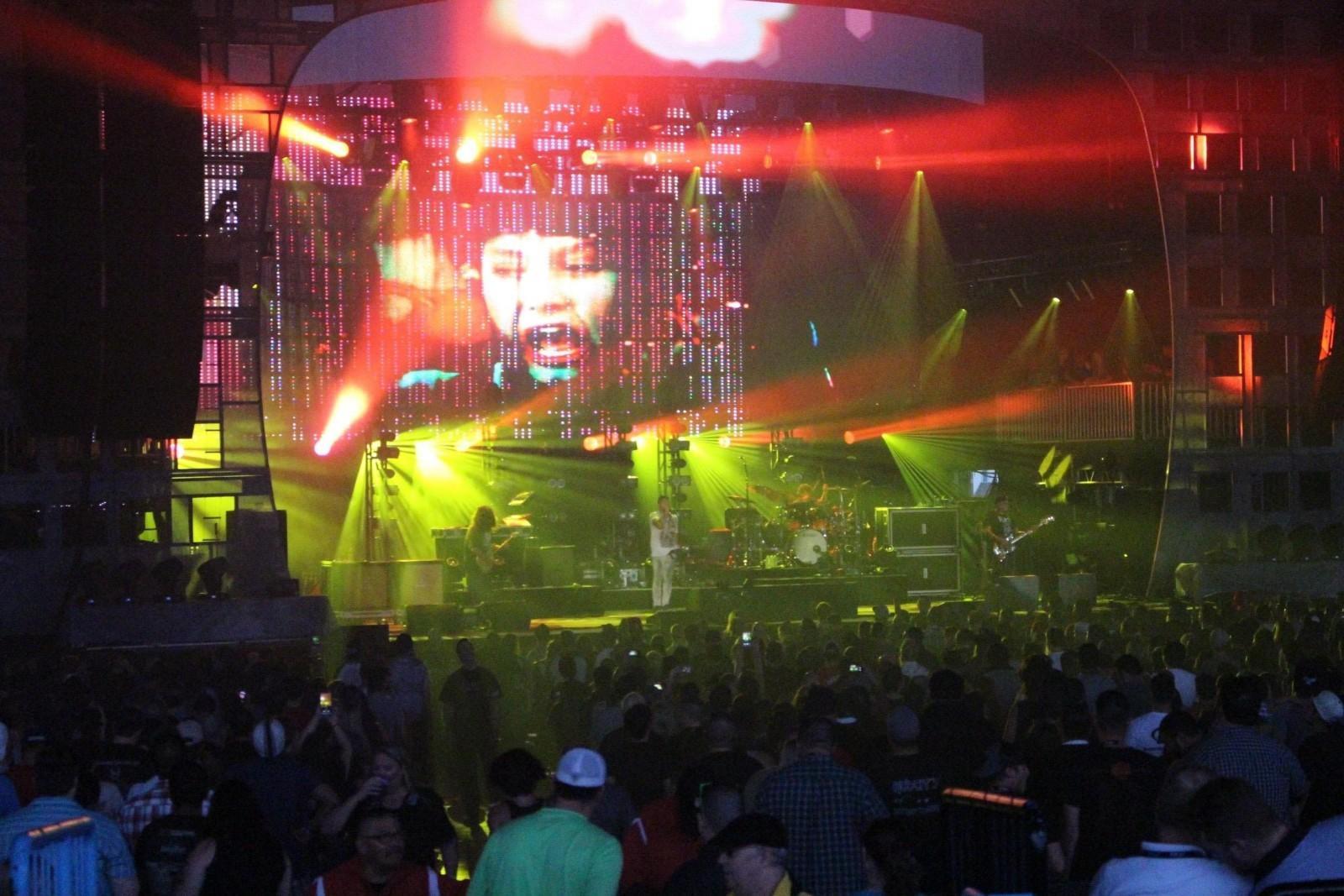 Incubus and Deftones rock Dallas