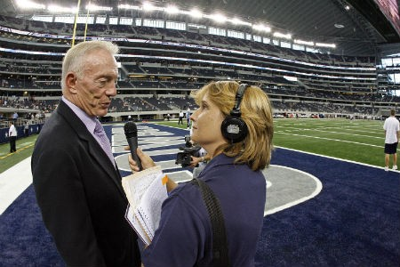 Cowboys sideline reporter to speak at Martin Hall on Tuesday
