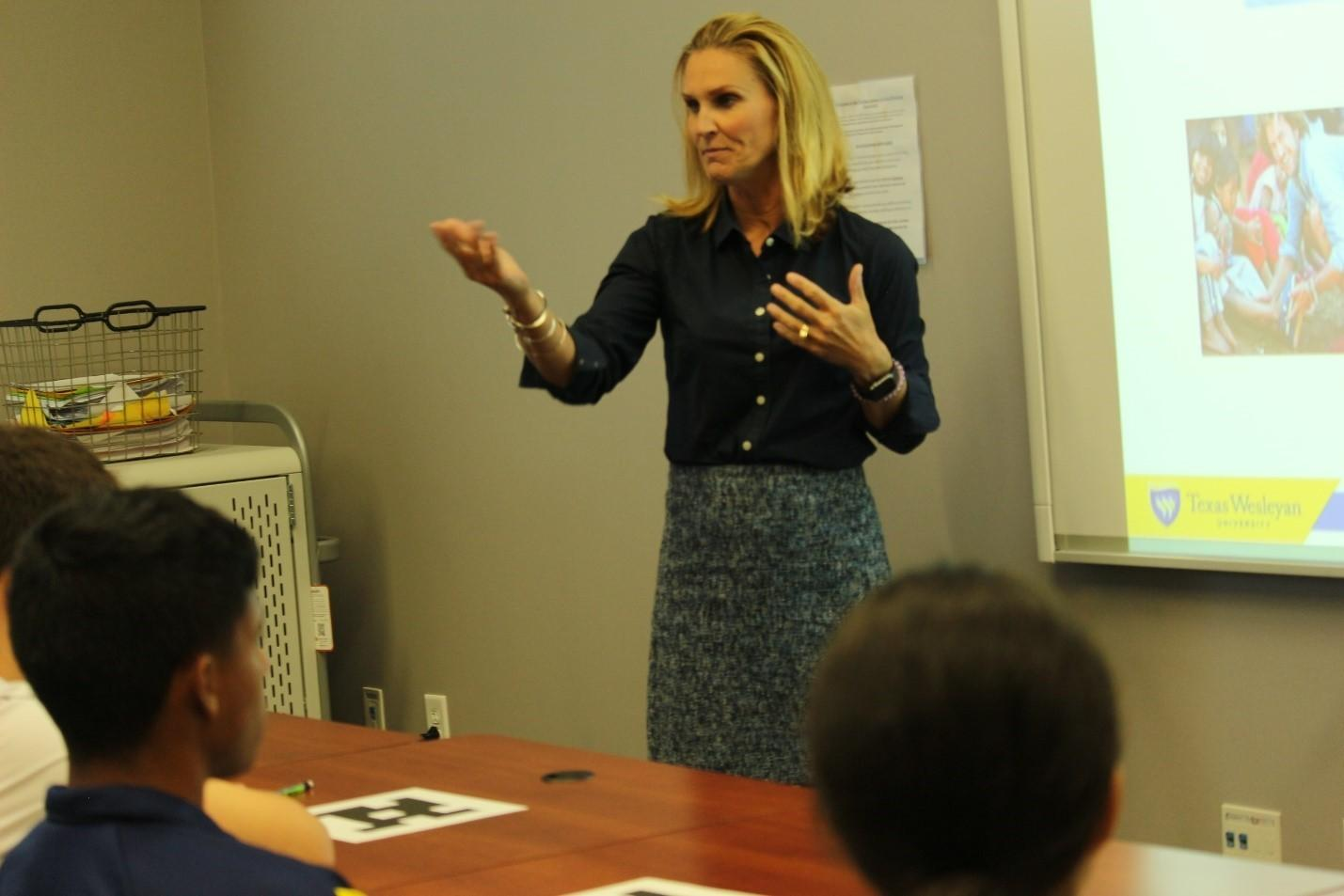 Wright and Parker turn lecture into Academic Success Center workshop