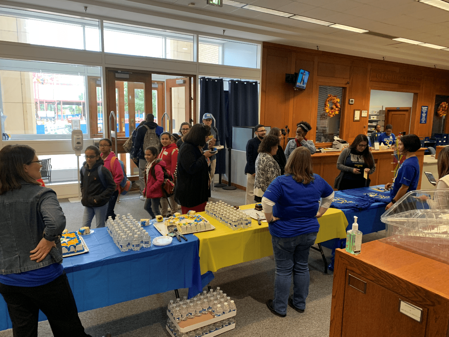 West Library turns 30 with cake and T-shirts