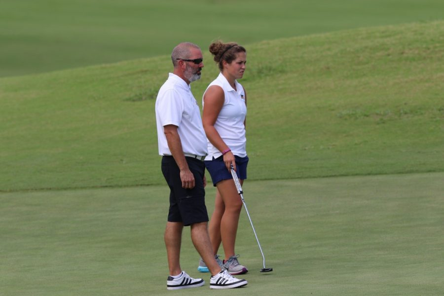 Alex+Schies+and+head+coach+Kevin+Millikan+talk+at+a+recent+tournament.%0APhoto+by+Josh+Lacy+