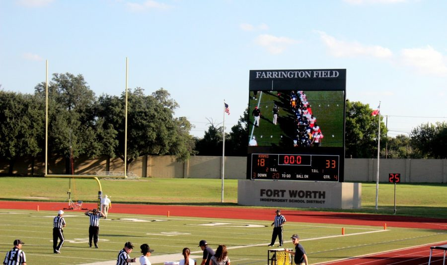 The Rams lost the homecoming game 33-18 to the Warriors. Photo by Hannah Onder
