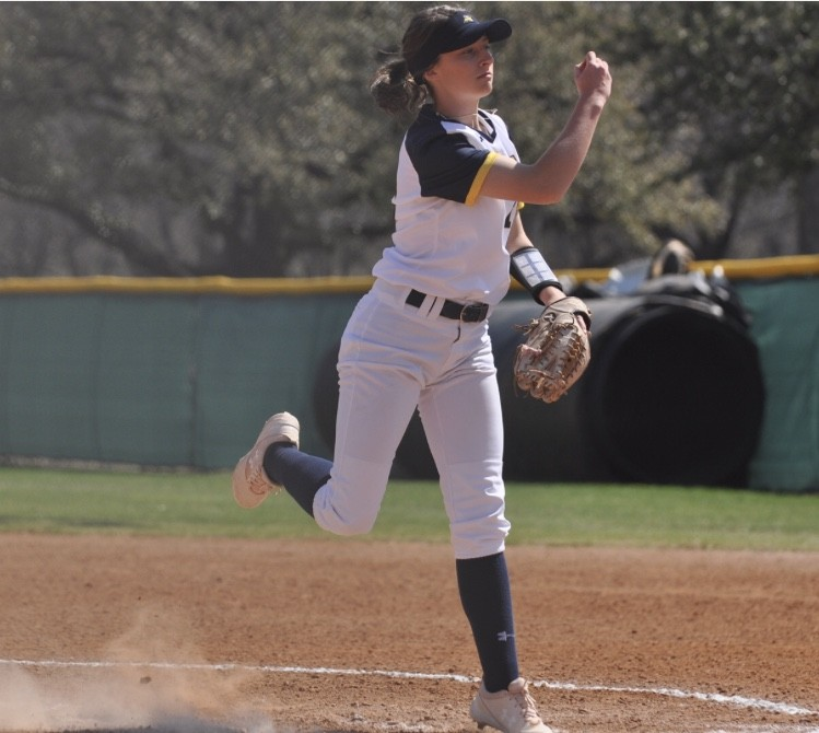 Makenna Aycock has a record of 10-3 this season. Photo by Little Joe